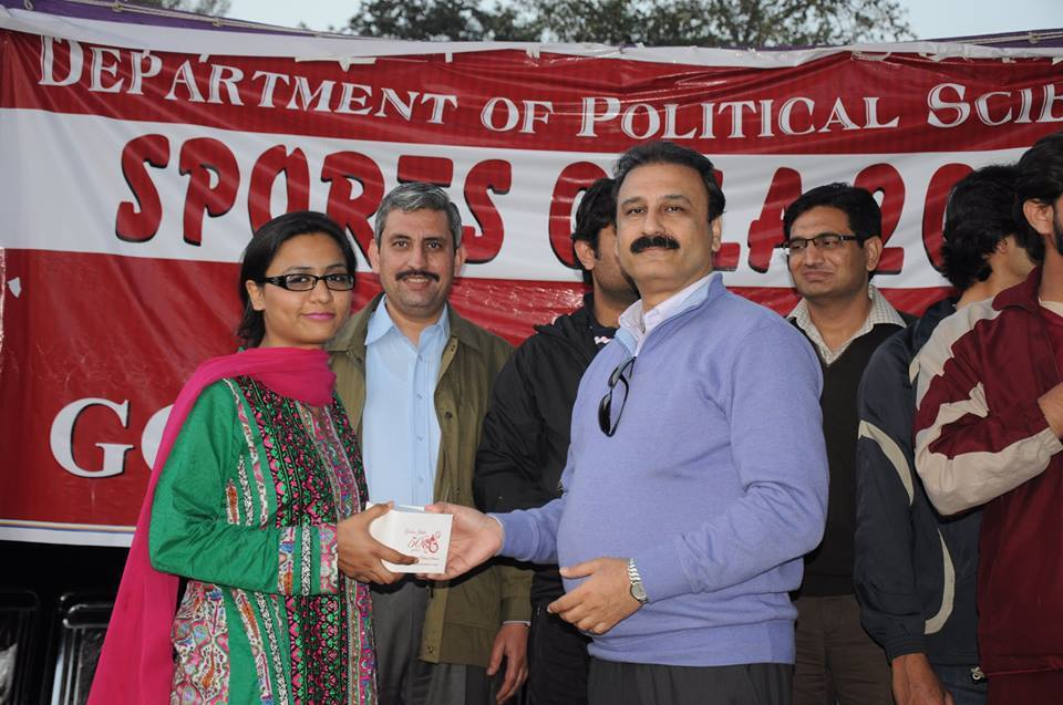 Shaista Ikram Receiving Player of the Match Award from the Chairperson