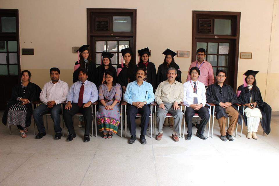 Group Photo with Students of MPhil Session 2011-13